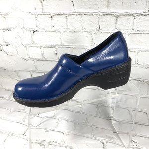 B.o.c blue patent leather clogs